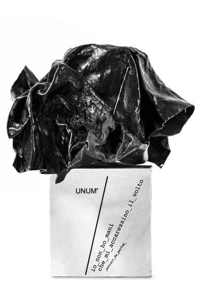 Io Non Ho Mani Che Mi Accarezzino il Volto Extrait de Parfum  by UNUM